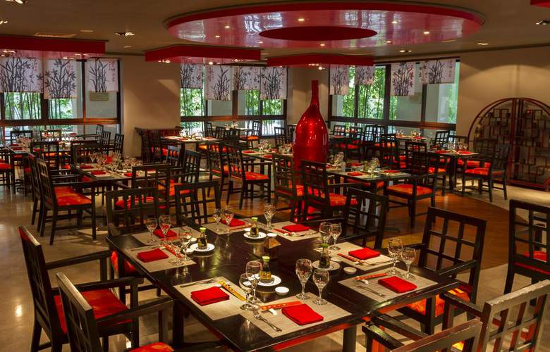 Sandos Playacar Beach Experience Resort - Restaurant - 12
