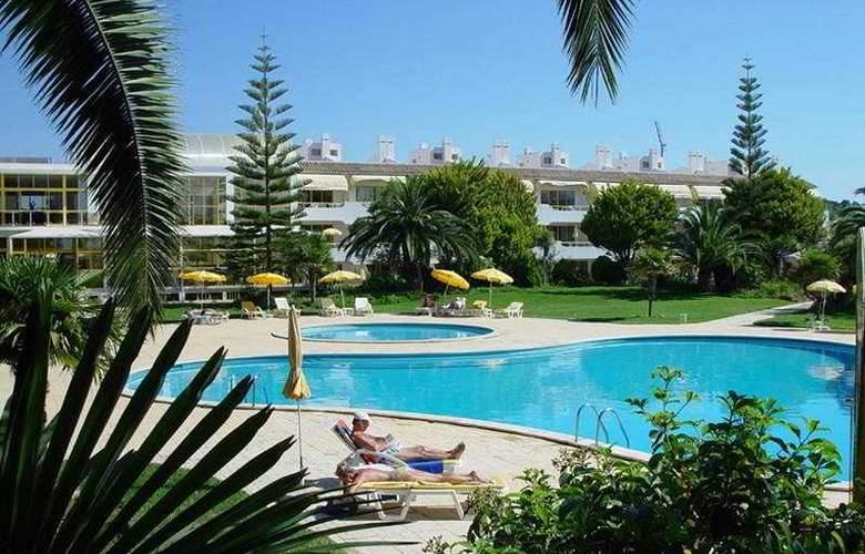 Clube Hotel Apartamento do Algarve - Pool - 9