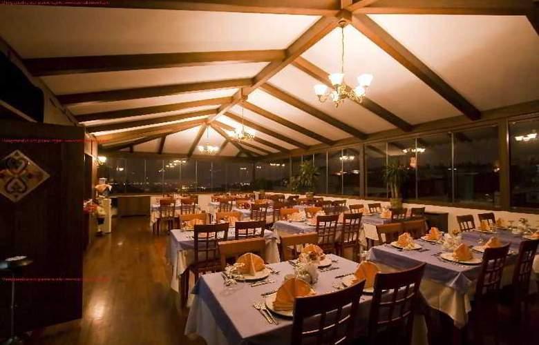 Centrum Hotel - Restaurant - 2