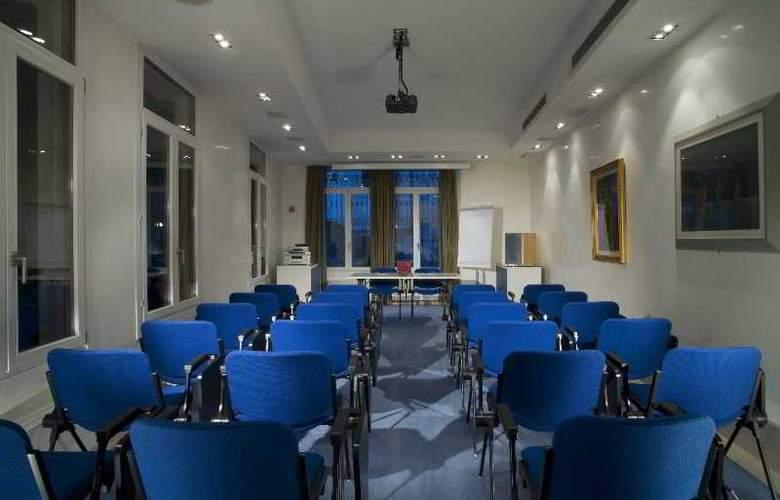 Bonvecchiati - Conference - 24