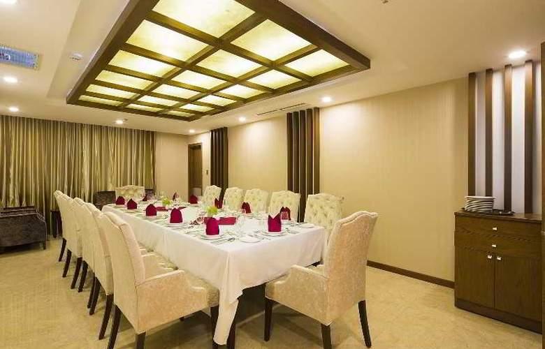 Muong Thanh Nha Trang Centre Hotel - Restaurant - 85