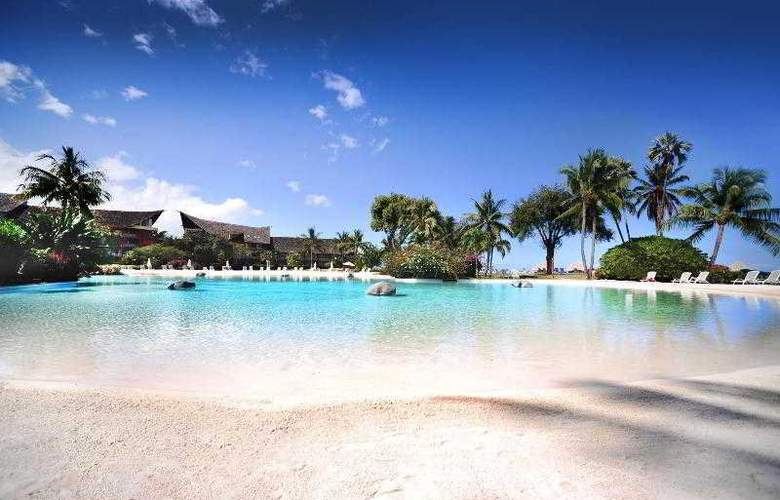 The Tahiti Ia Ora Beach Resort - Pool - 75