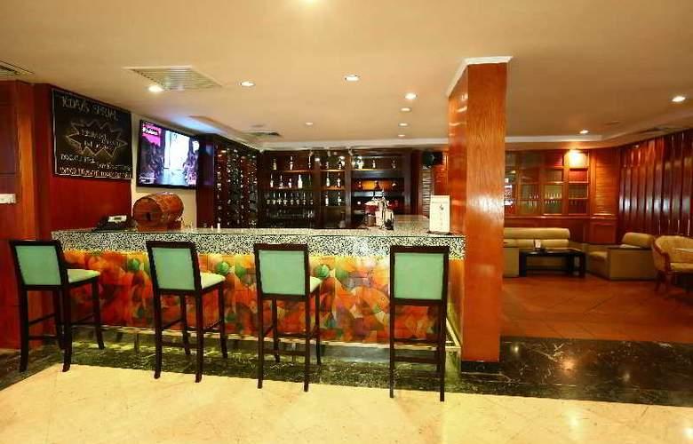Ramana Hotel Saigon - Bar - 22