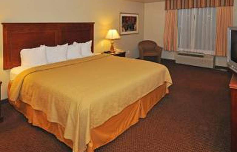 Quality Inn & Suites - Room - 5