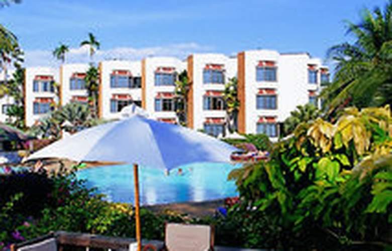 Palmeraie Beach Hotel Rayong - Terrace - 8