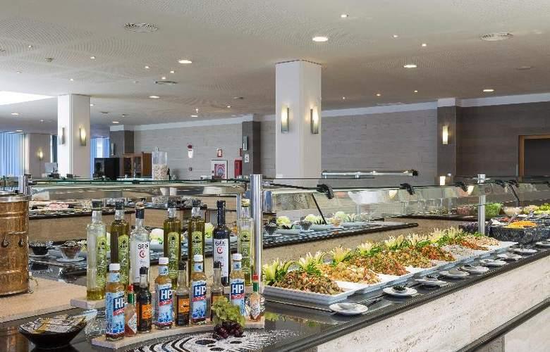 Grand Palladium Palace Ibiza Resort & Spa - Restaurant - 31