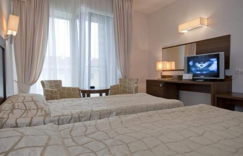 Bourgas - Room - 10