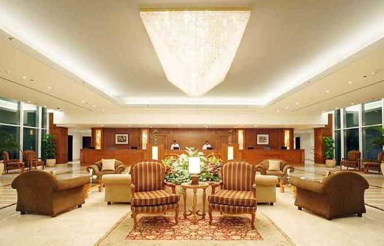Maritim Royal Peninsula - Hotel - 0