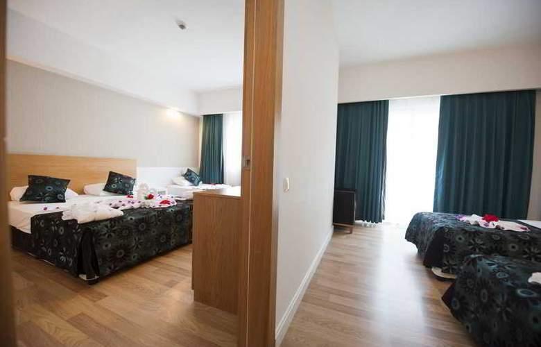 Diamond Beach Hotel - Room - 18