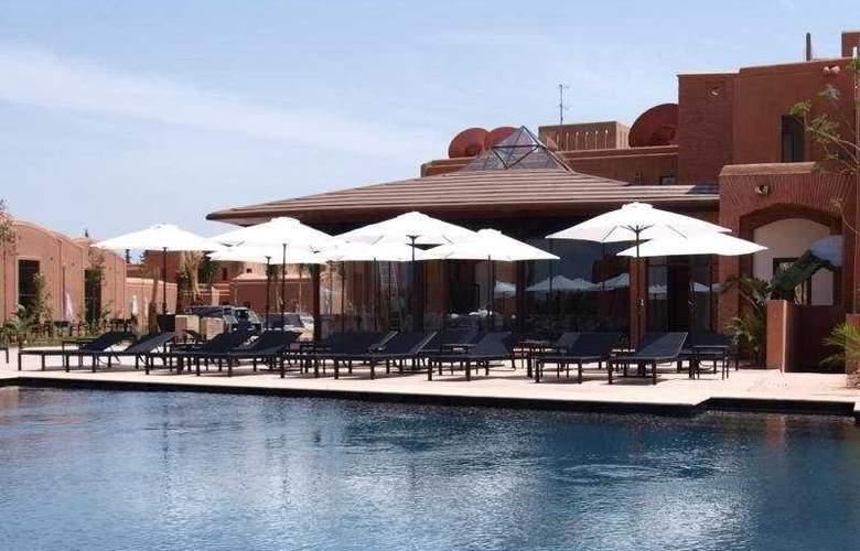 Adama Resort - Pool - 8