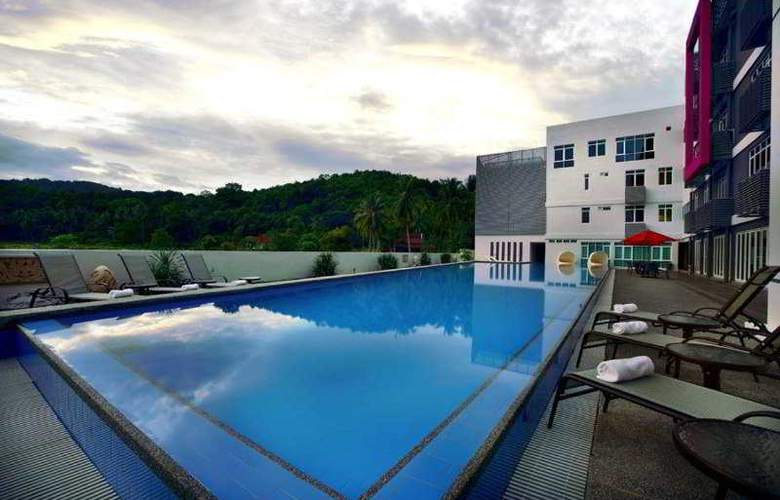 Favehotel Cenang Beach - Pool - 6