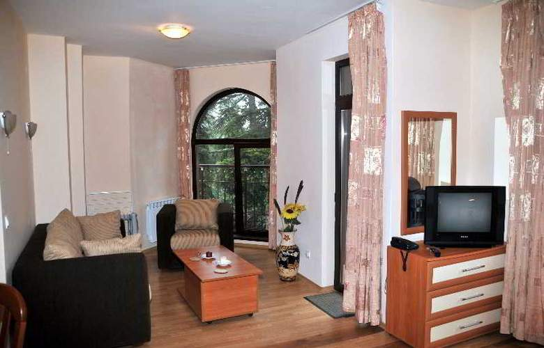 Tes Flora Apartments - Room - 9
