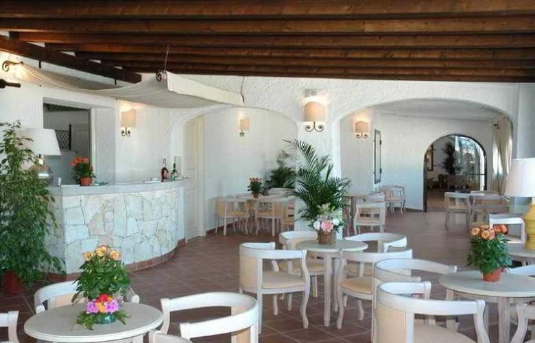Colonna Grand Capo Testa - Bar - 4