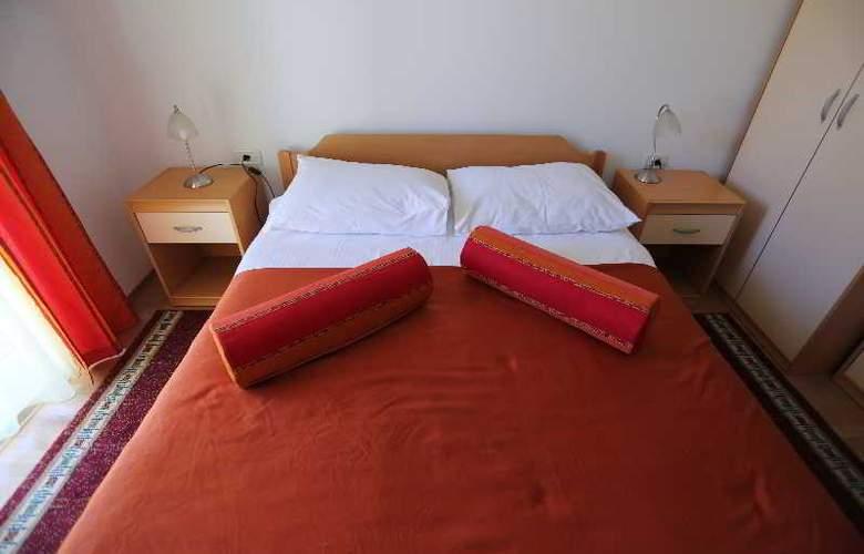 Pervanovo Apartments - Room - 42