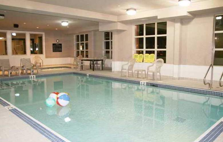 Hampton Inn & Suites by Hilton Edmonton - Hotel - 7
