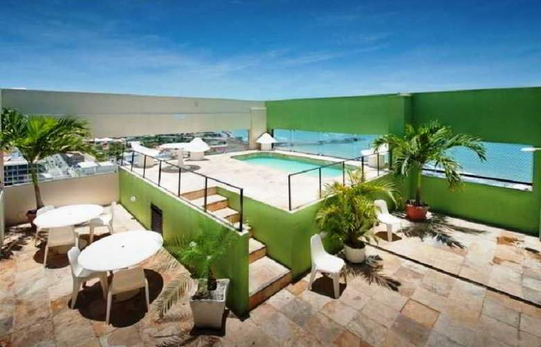 Iracema Travel - Pool - 1