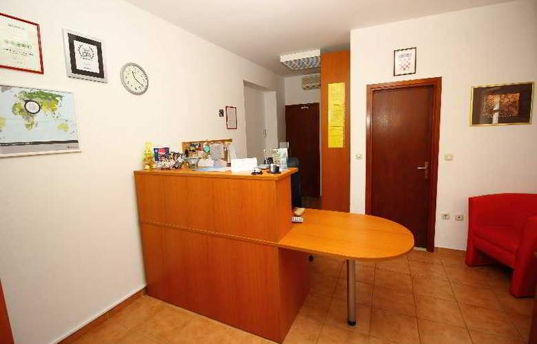 Bacan Serviced Apartments - General - 3