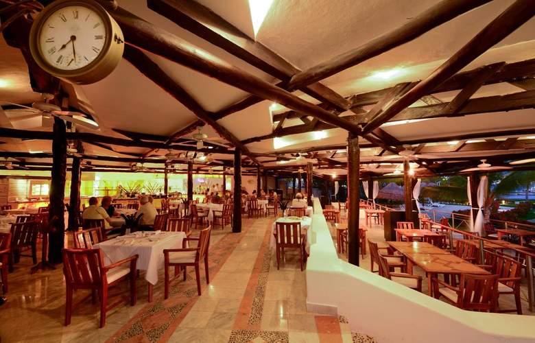 Sunset Marina Resort & Yacht Club - Restaurant - 6