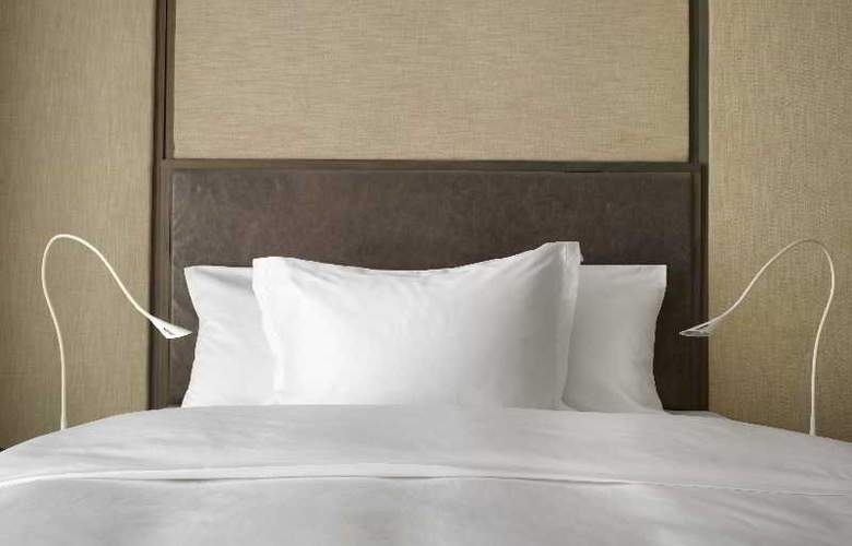 The Emblem Hotel - Room - 9
