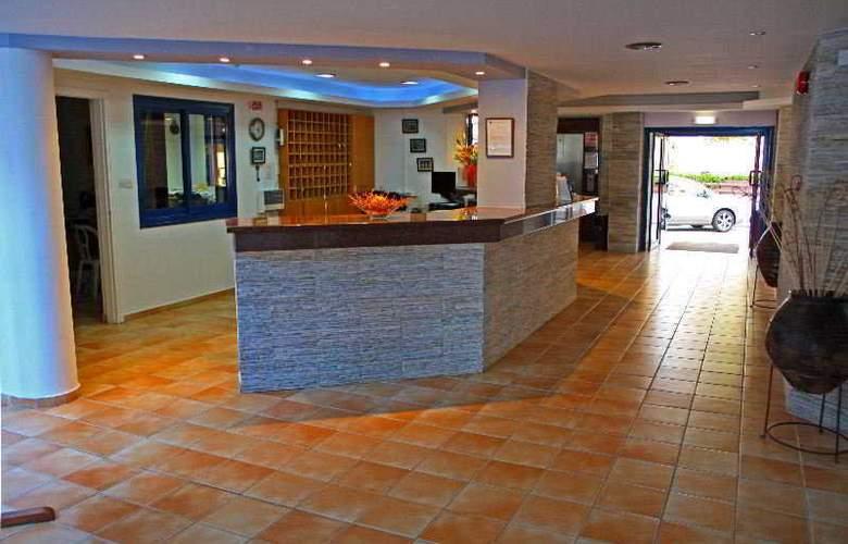 Myro Androu Hotel Apts - General - 2