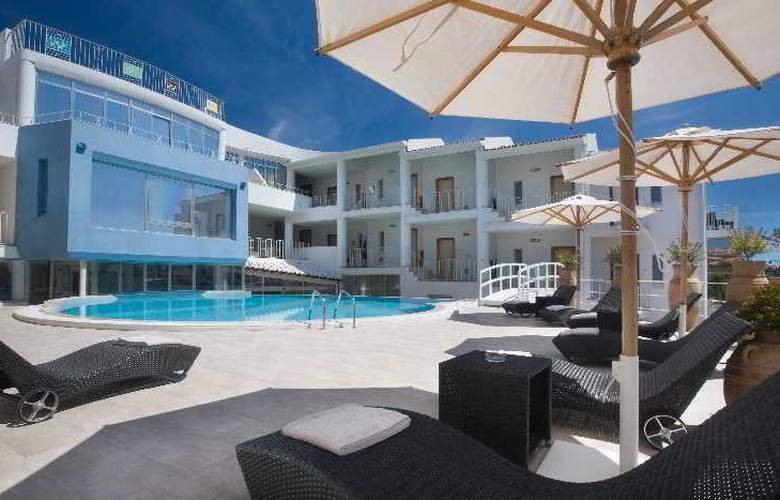 The Pelican Beach Resort & Spa - Adults Only - Hotel - 6