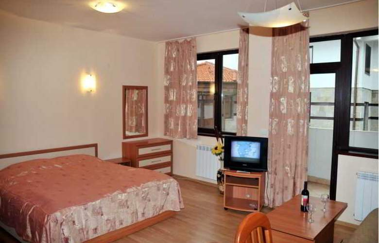 Tes Flora Apartments - Room - 3