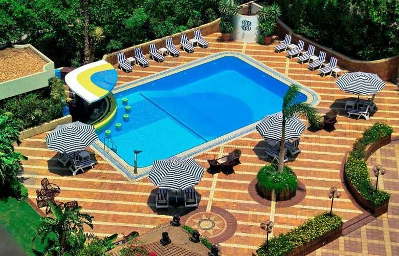 Sonesta Hotel and Casino Cairo - Pool - 9