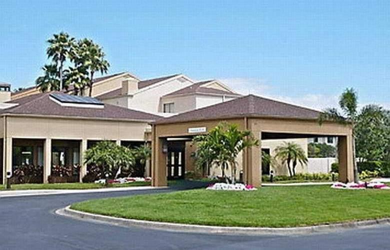 Courtyard Marriott Clearwater - Hotel - 0
