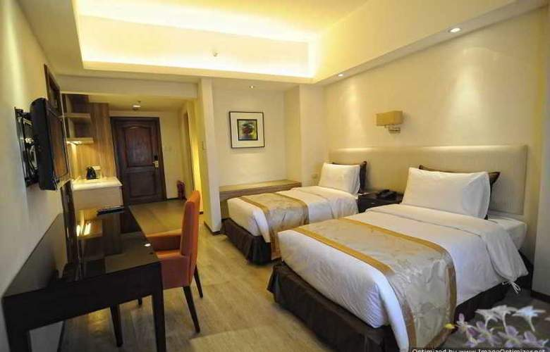 Imperial Palace Suites Quezon City - Room - 7
