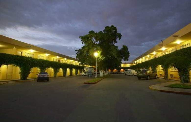 Hotel Valle Grande Obregon - General - 1