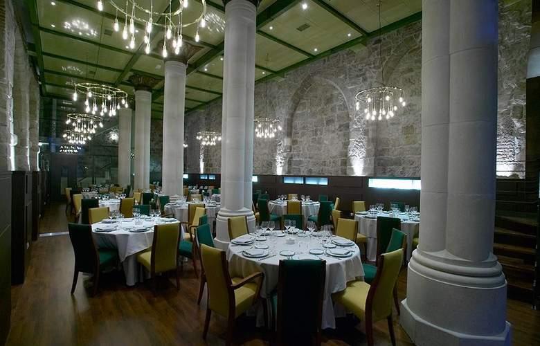 Rice Palacio de los Blasones - Restaurant - 10