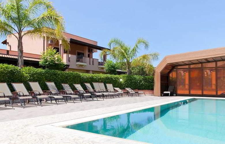 Tindari Resort & Marina Beach - Pool - 28