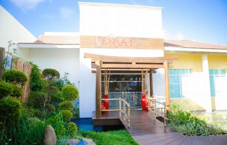 Ocean Blue & Sand - Restaurant - 20