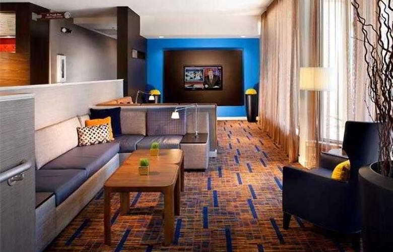 Courtyard Tampa Westshore/Airport - Hotel - 10