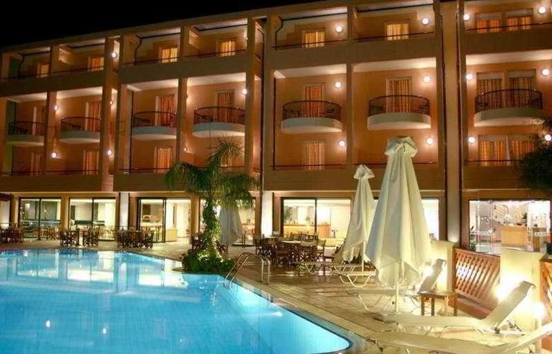 Flisvos Royal Tolo - Hotel - 0