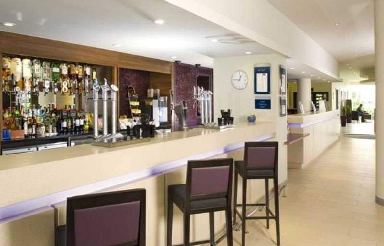 Holiday Inn Express London Greenwich A102 (M) - Bar - 5