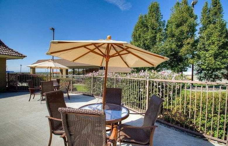 Best Western Foothills Inn - Hotel - 25