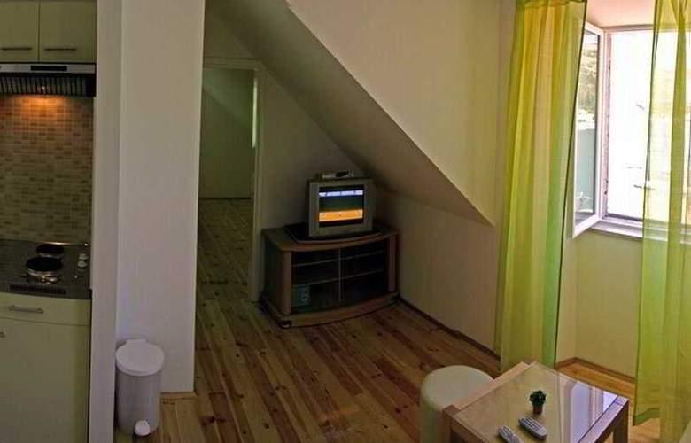 Miletic II Apartments - Room - 3