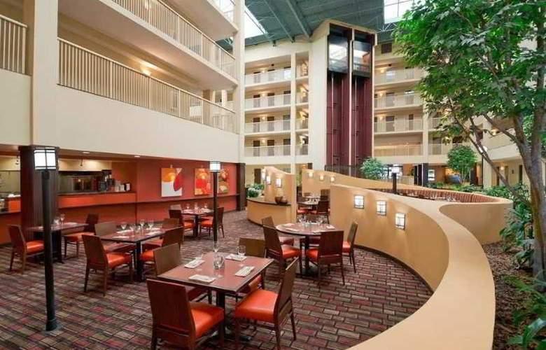 Embassy Suites Philadelphia - Airport - Restaurant - 2