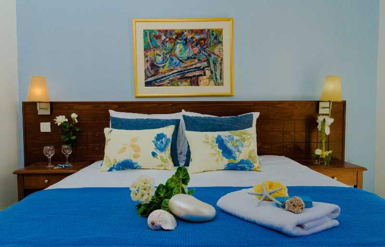 Philoxenia Hotel and Apartments - Room - 3