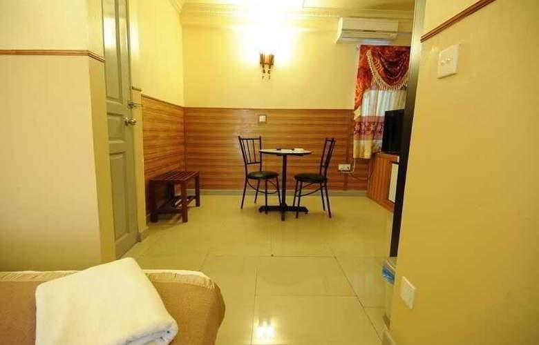 Luckyhiya - Room - 23