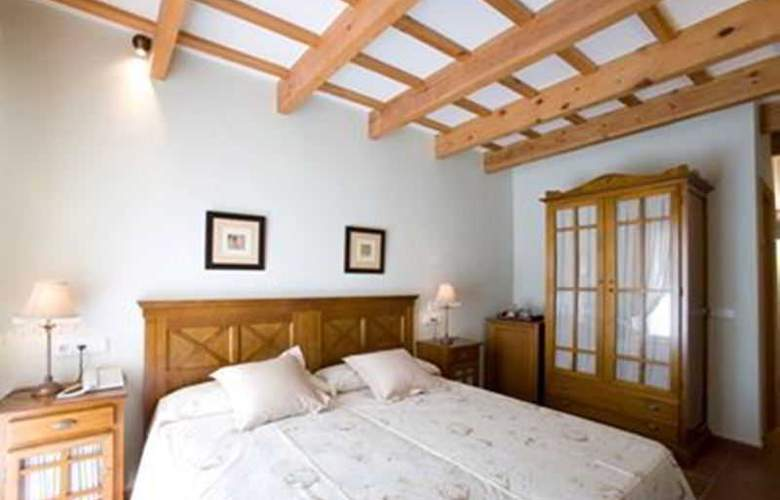Es Mercadal - Room - 10