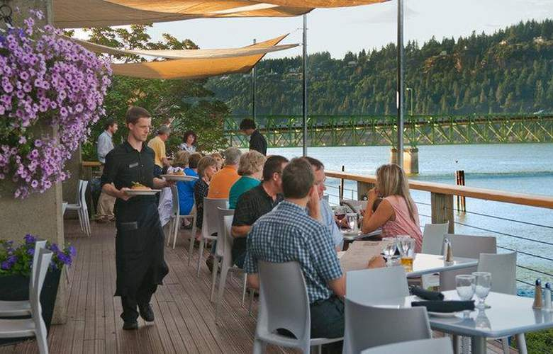 Best Western Plus Hood River Inn - Restaurant - 117