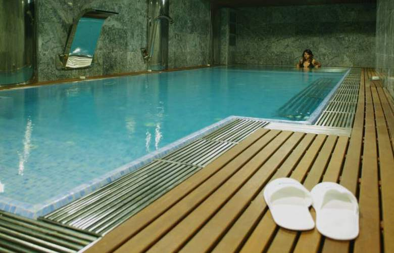Sansi Pedralbes - Pool - 3