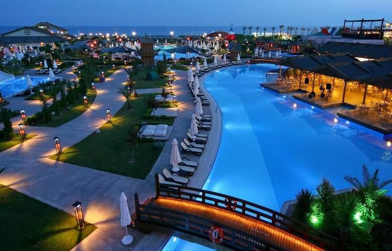 Limak Lara De Luxe Hotel&Resort - Pool - 18
