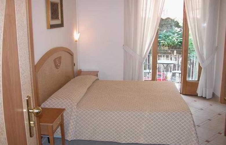 Savoia - Room - 0