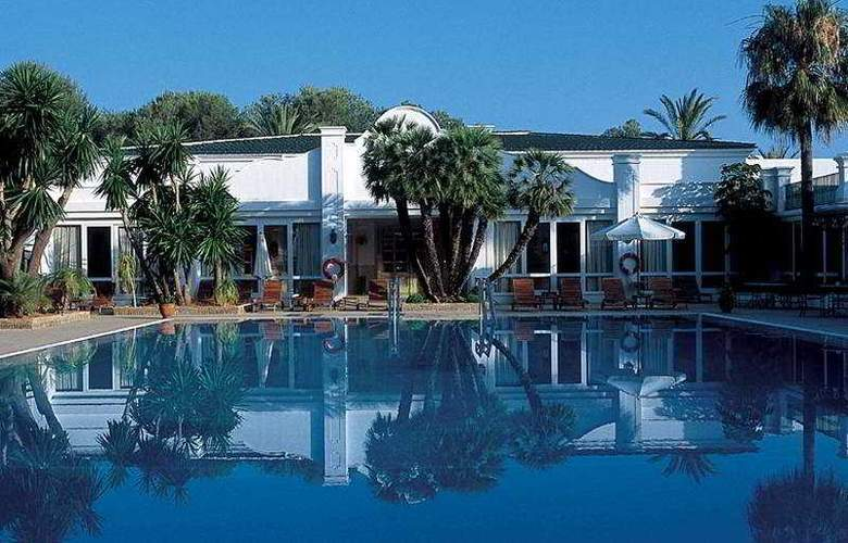 Los Monteros hotel and Spa - Pool - 7