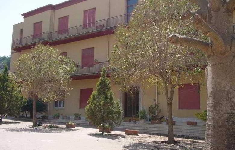 Villa Sant Andrea - Hotel - 0