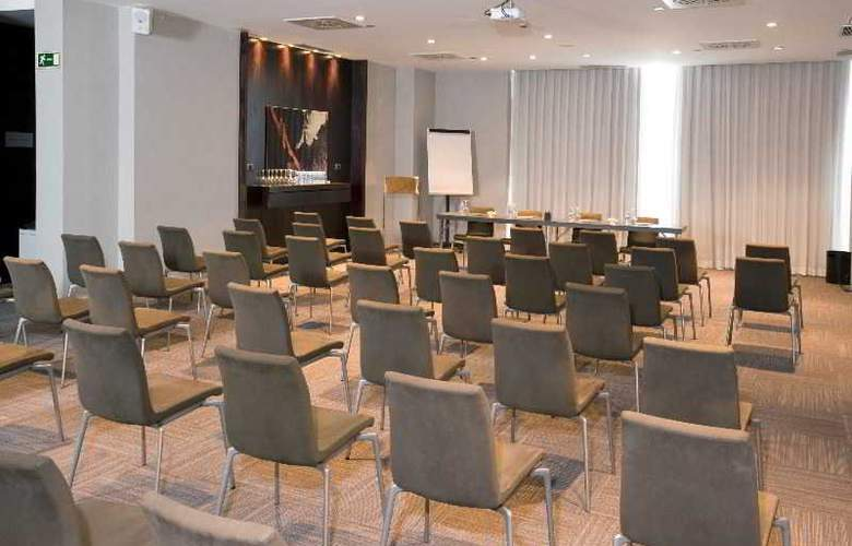 AC Valencia by Marriot - Conference - 23
