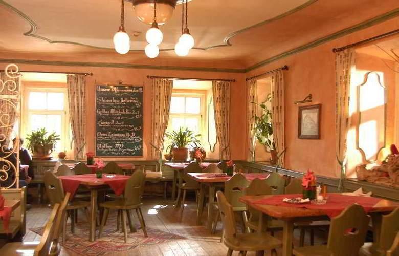 Hindenburg Hotel - Restaurant - 4